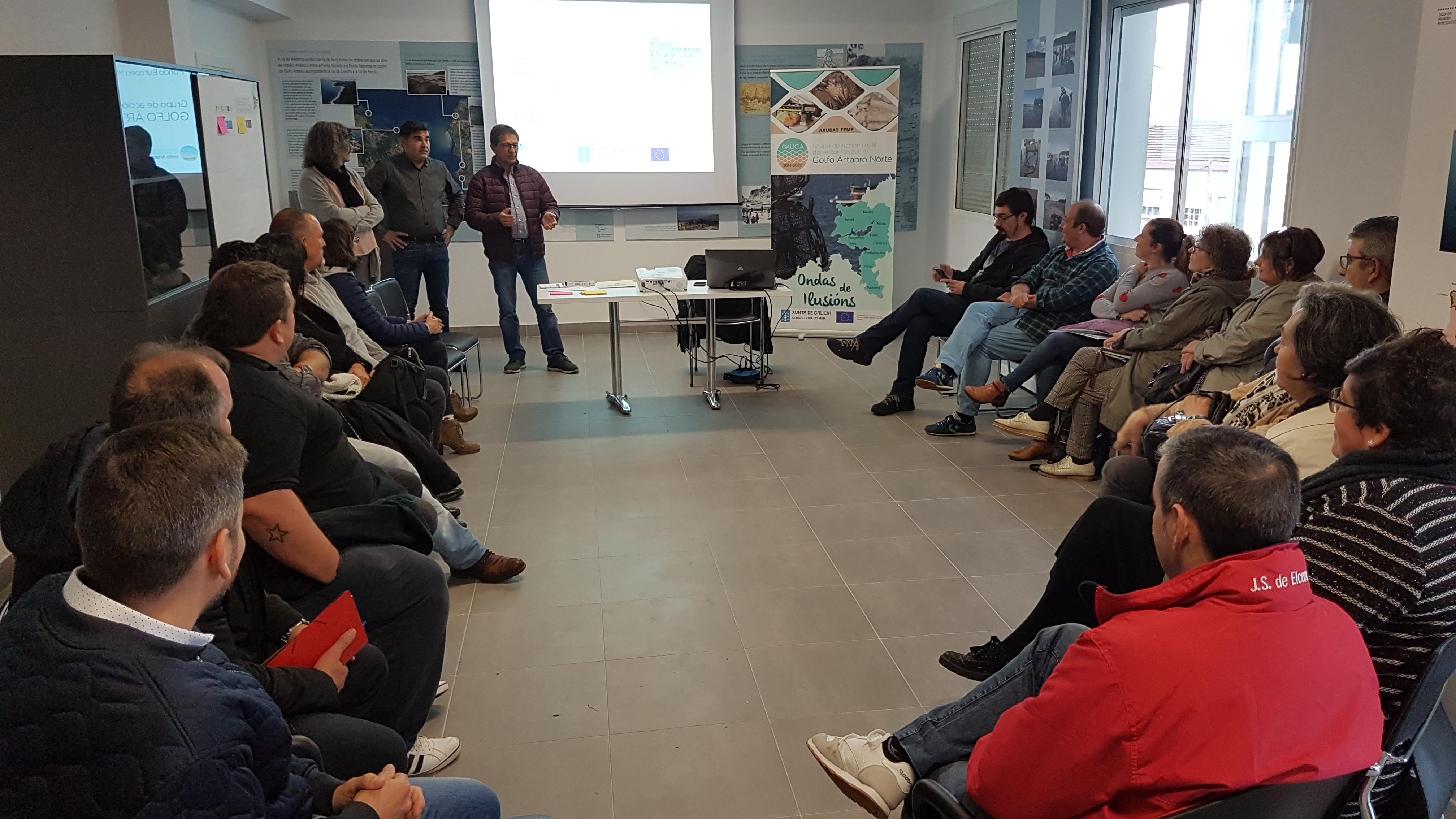 Reunión con beneficiarias do Programa de axudas FEMP no Golfo Ártabro Norte