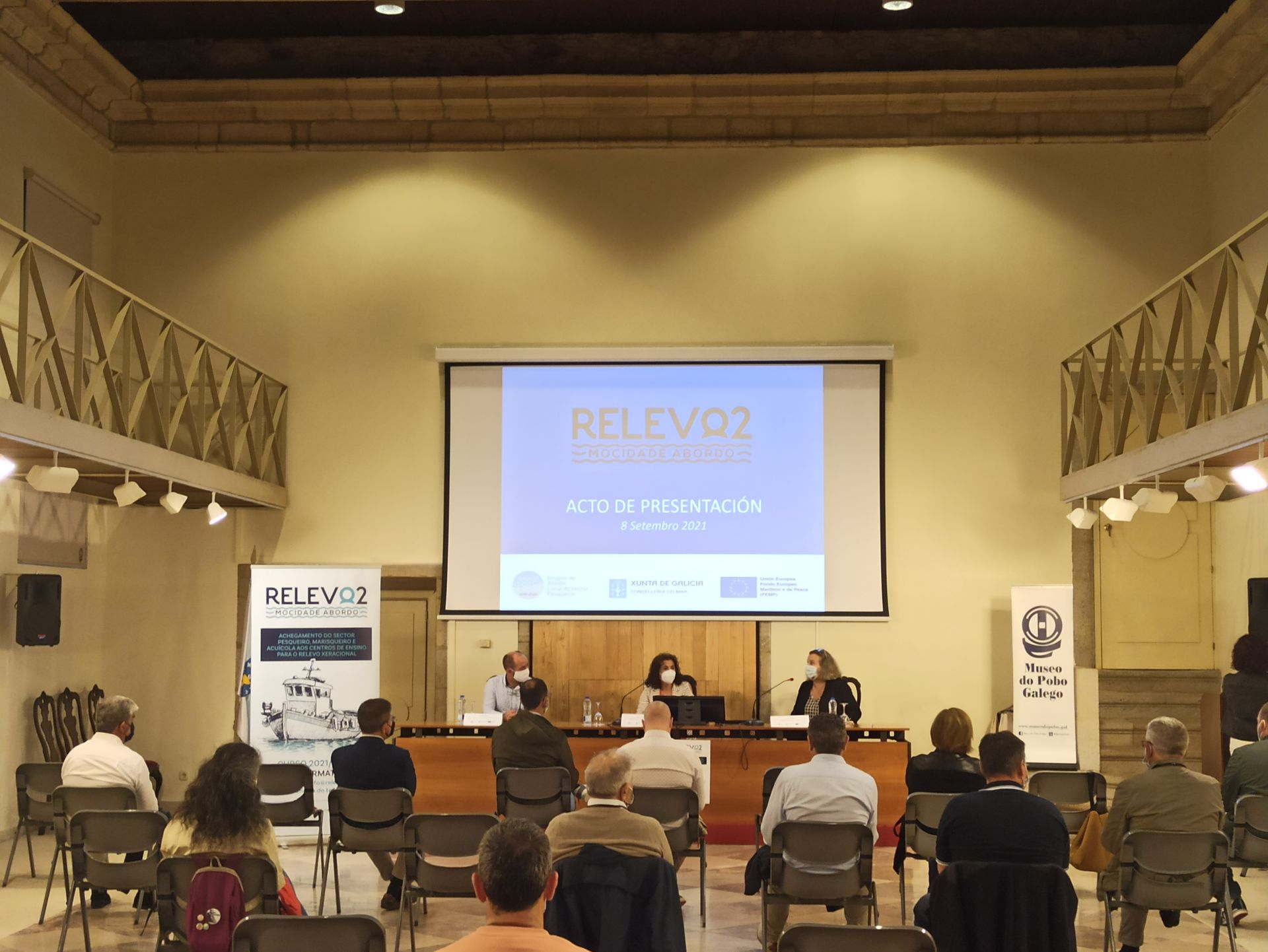 Presentacion Relevo 2 en Santiago de Compostela
