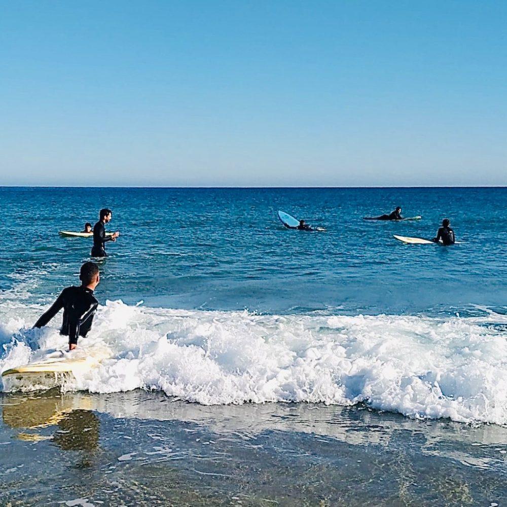 Surf e Kaiak na Ría de Foz, con Mares de Cultura. Os Nenos e o Mar